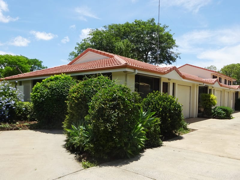 9 Creek Street, East Toowoomba, Qld 4350