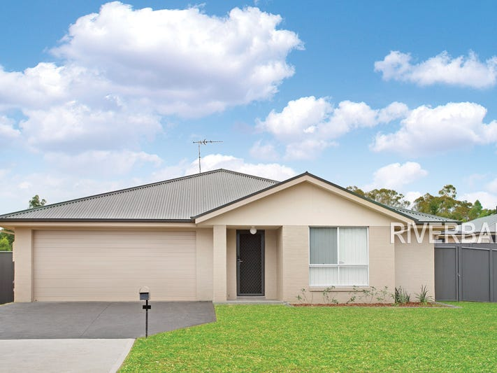 27 Townsend Crescent, Ropes Crossing, NSW 2760