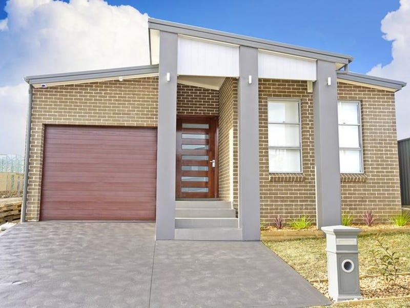 9 Woodgrove Place, Glenmore Park, NSW 2745
