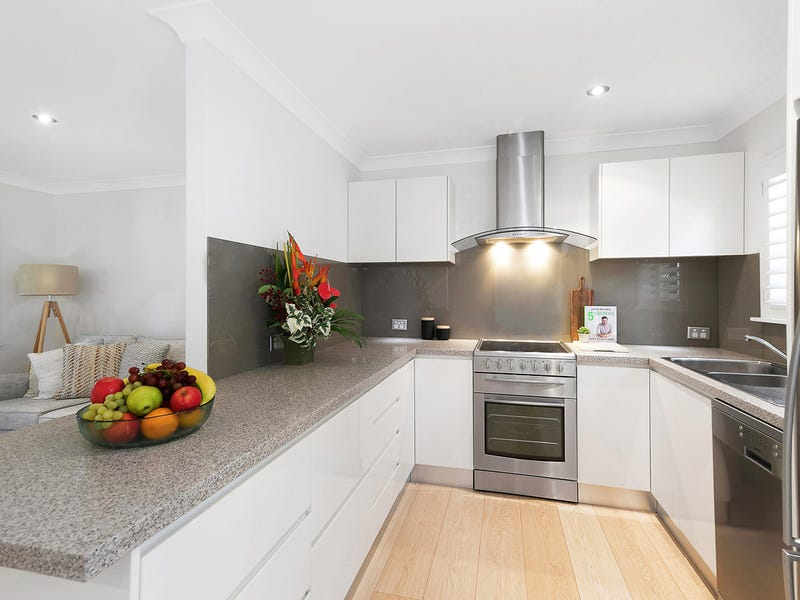 79a Campbell Parade, Manly Vale, NSW 2093