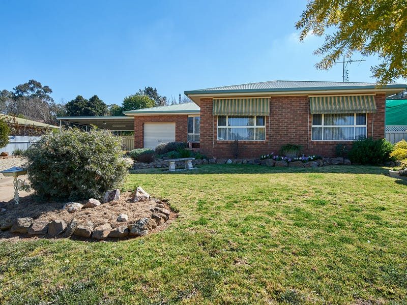 4 Kindra Crescent, Coolamon, NSW 2701