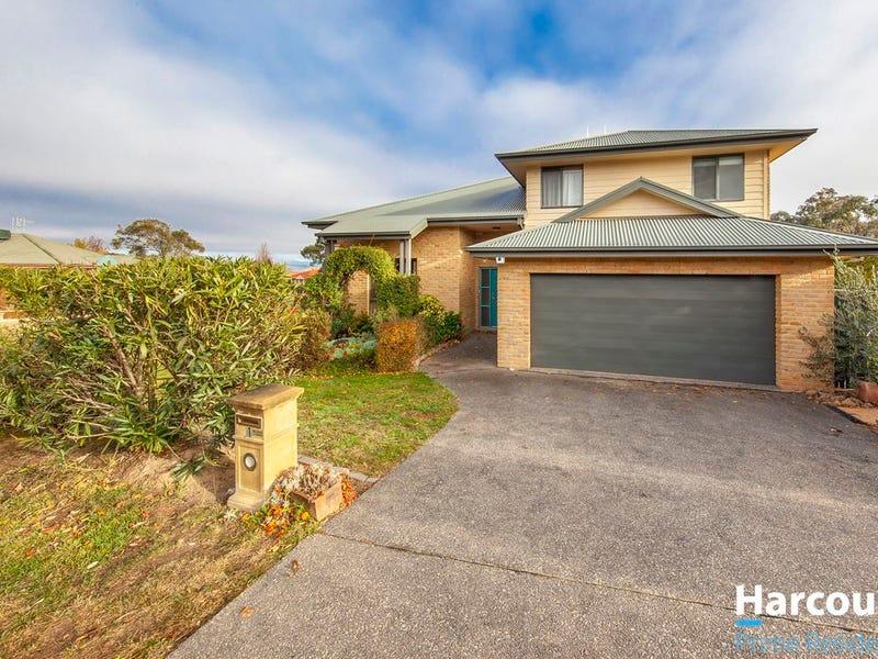 1 Macadamia Close, Jerrabomberra, NSW 2619