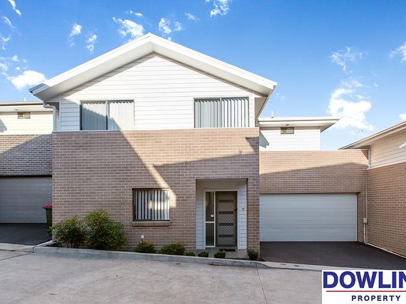 17 Skylark Avenue, Thornton, NSW 2322