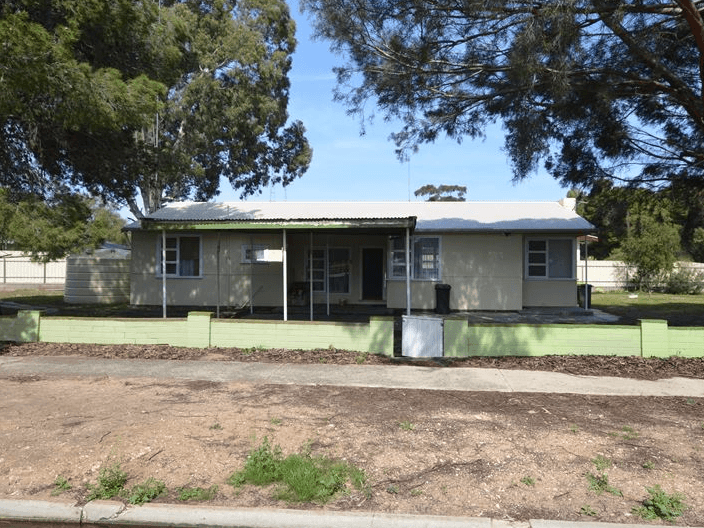 32 Chandos Terrace, Lameroo, SA 5302