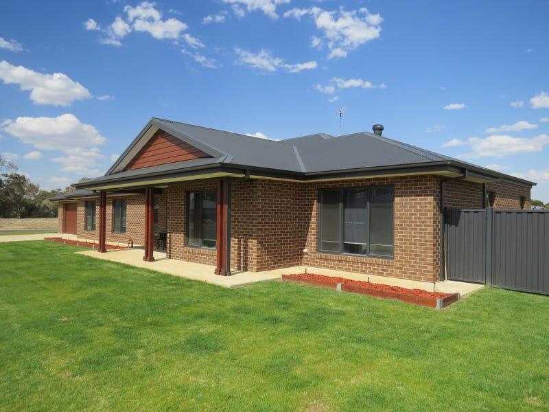 8 ARGOON AVENUE, Jerilderie, NSW 2716