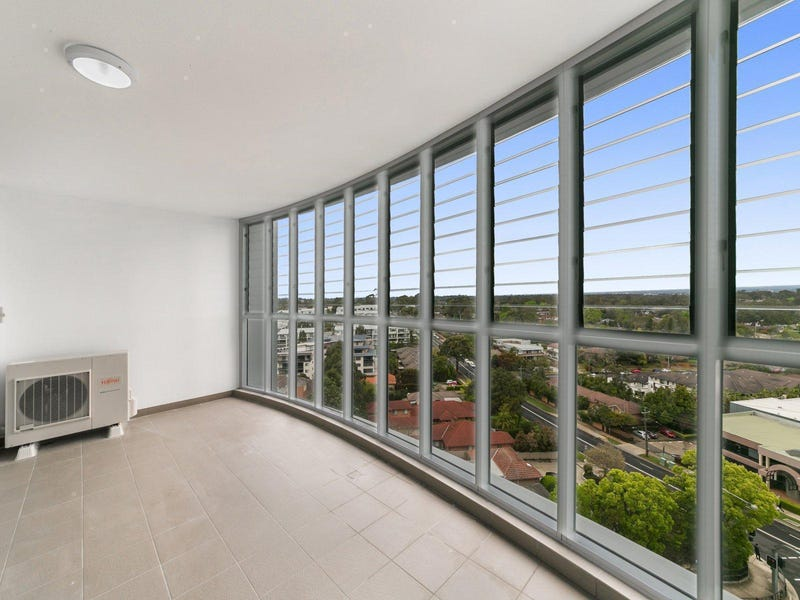 B713/299 Old Northern Road, Castle Hill, NSW 2154