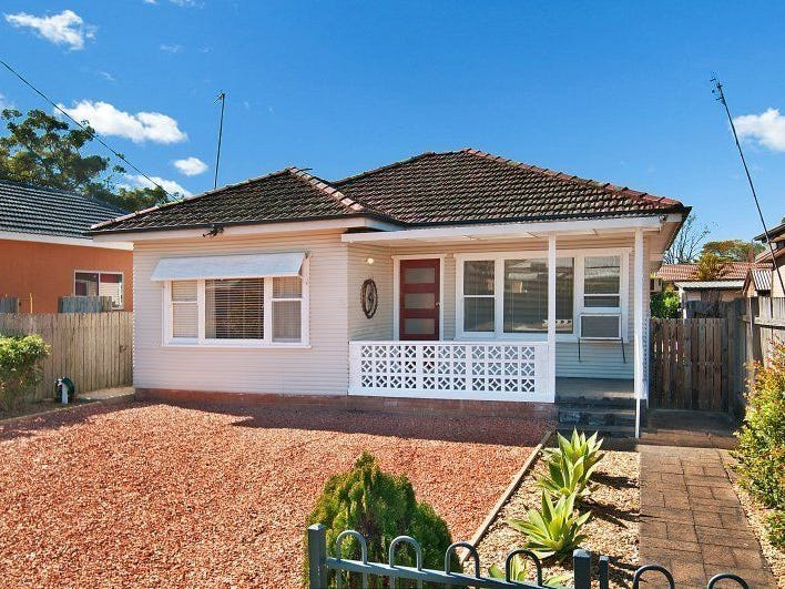 202 Trafalgar Avenue, Umina Beach, NSW 2257