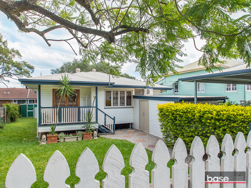 8 Julia Street, Wavell Heights, Qld 4012