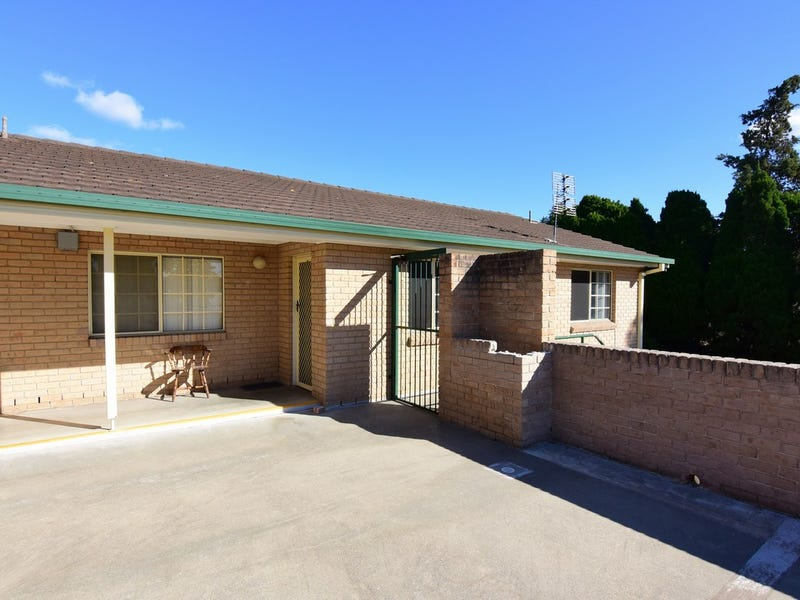 4/ 33-35 Meroo Street, Bomaderry, NSW 2541