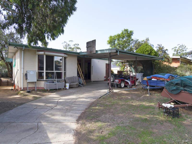 4 Gould Street, Para Hills, SA 5096