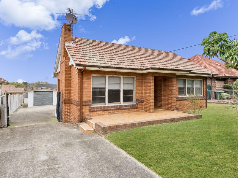 14 Macquarie Street, Greenacre, NSW 2190