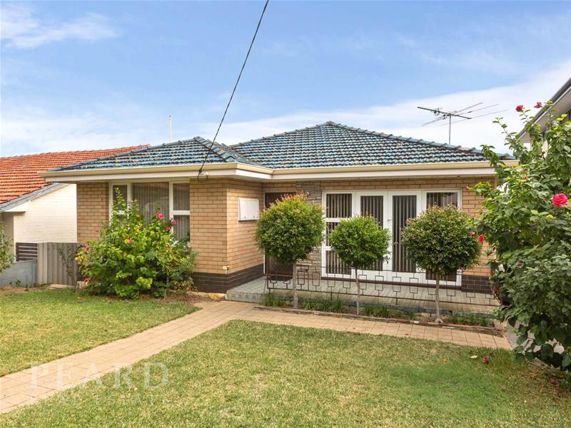 77 Flinders Street, Mount Hawthorn, WA 6016
