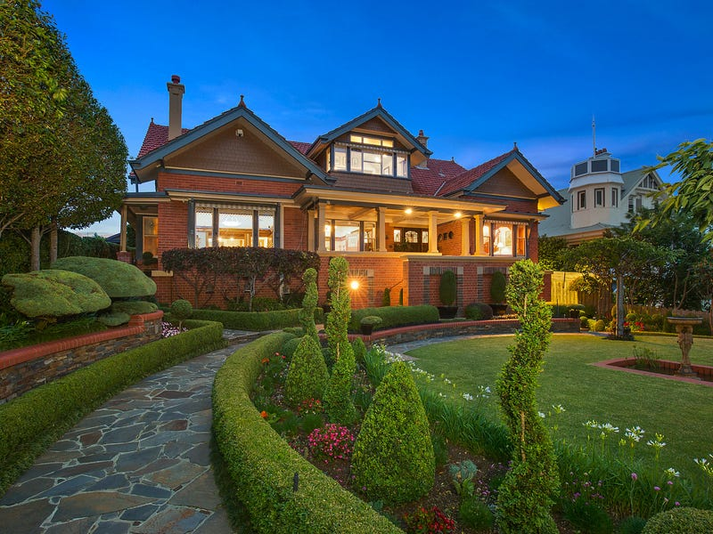 48 Eastern Beach Road, Geelong, Vic 3220