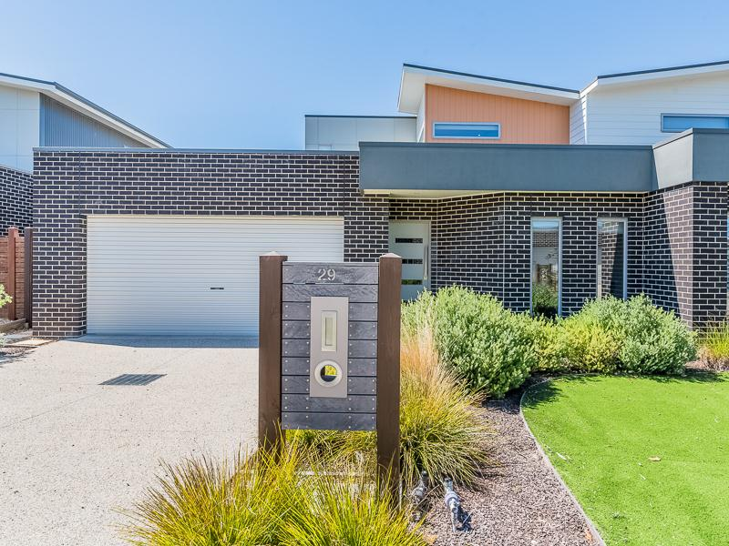 29 Birch Crescent, Cowes, Vic 3922