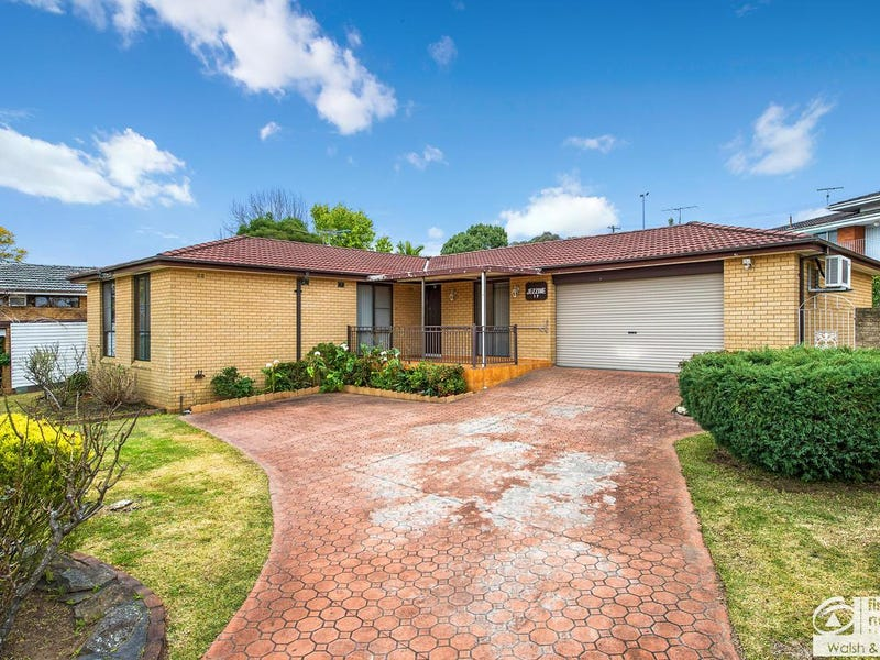 17 Dodson Crescent, Winston Hills, NSW 2153