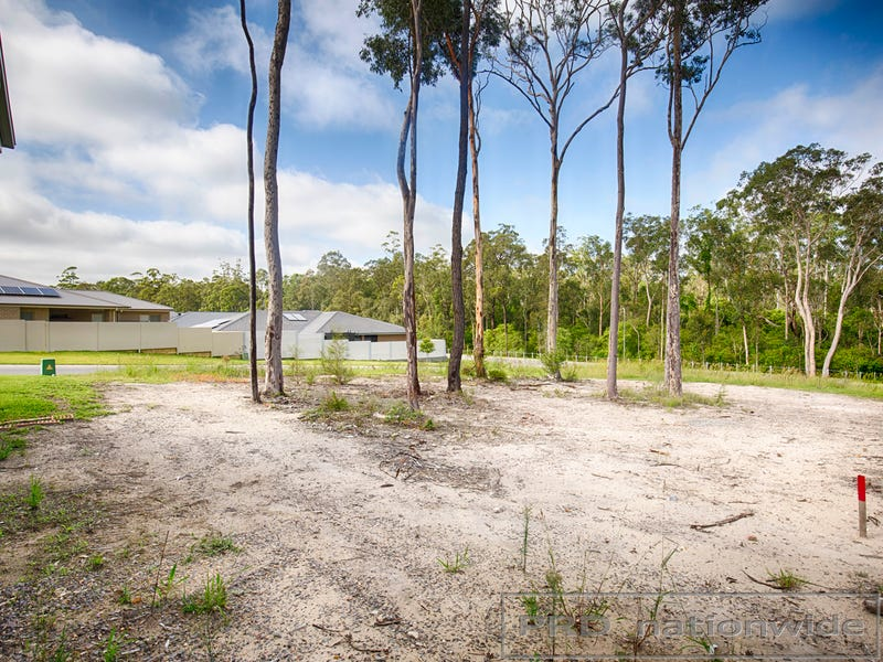 13 Magnetic Drive, Ashtonfield, NSW 2323