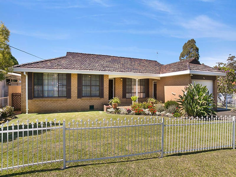 46 Rae Crescent, Balgownie, NSW 2519