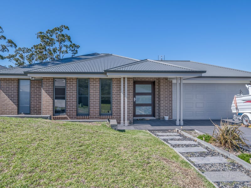 23 Boyne Crescent, Cameron Park, NSW 2285