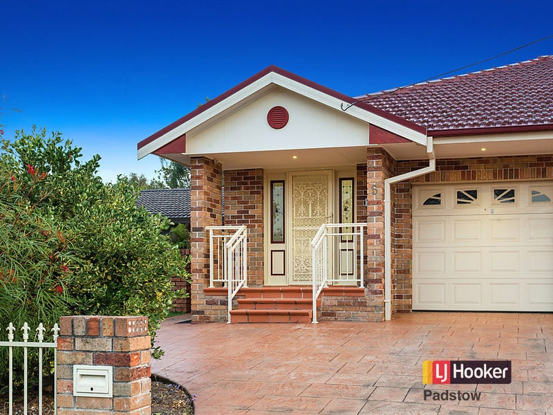 5 Wollongbar Avenue, Panania, NSW 2213