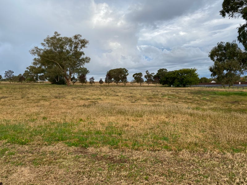 2 Pindari Grove, Wellington, NSW 2820