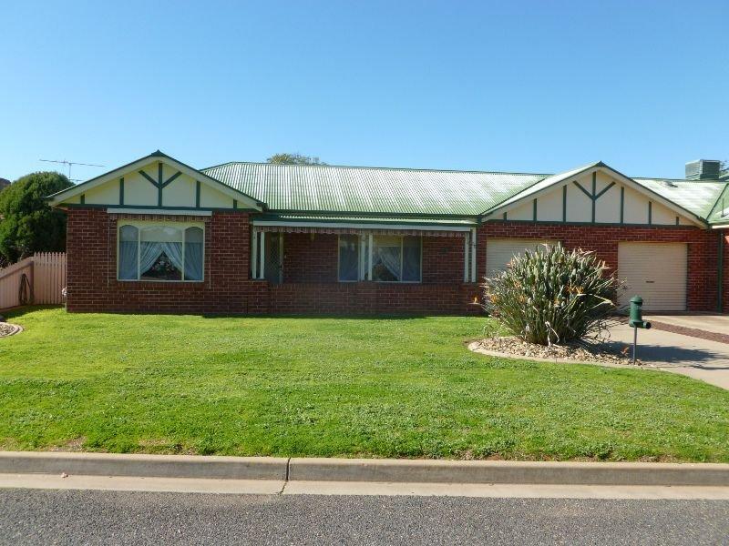 35 Banksia Drive, Corowa, NSW 2646