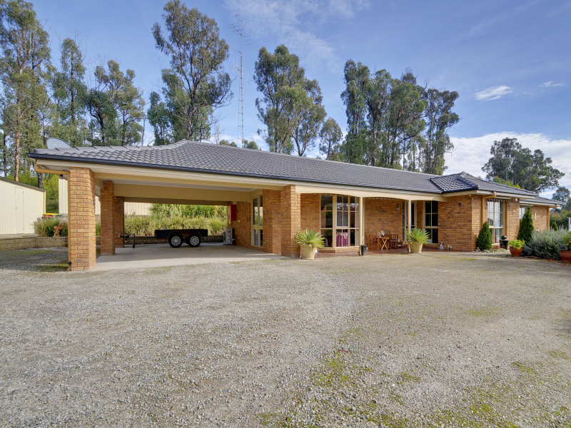 165 Red Hill Road, Traralgon South, Vic 3844
