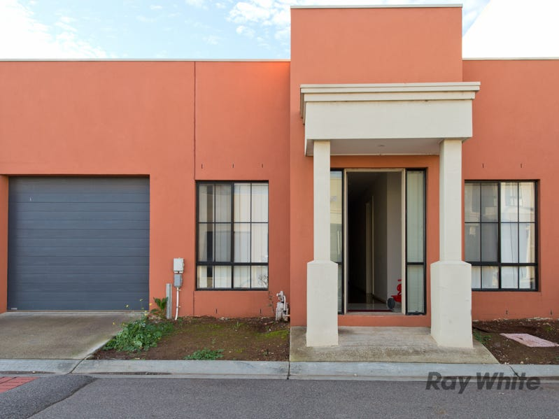 4-62 Andrew Street, Melton South, Vic 3338