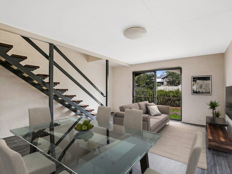 4/203 Campbell Street, Newtown, Qld 4350