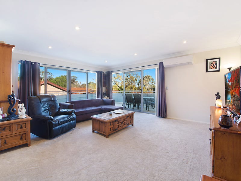 24/13-15 Moore Street, West Gosford, NSW 2250