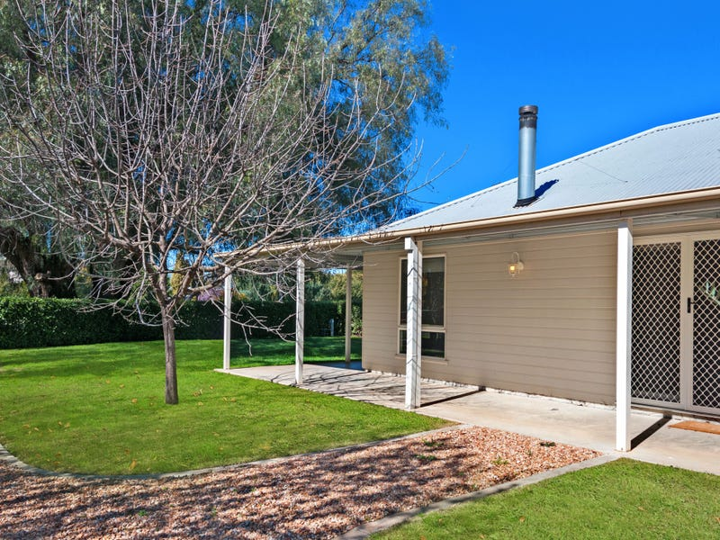 10 Goughs Lane, Bundalong, Vic 3730