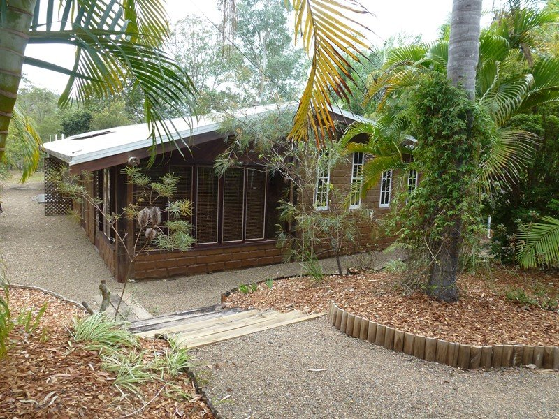 76 Sutton, Brooloo, Qld 4570