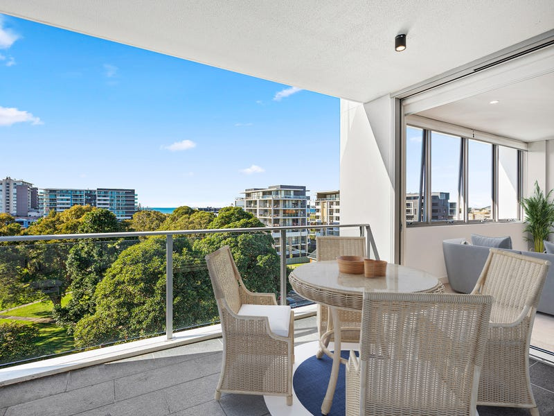 404/48 Bank Street, Wollongong, NSW 2500