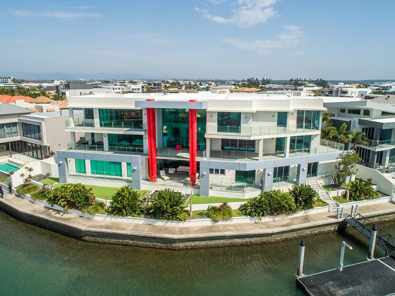 46 - 48 Royal Albert Crescent, Sovereign Islands, Qld 4216