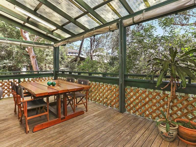 16 Summerhaze Place, Hornsby Heights, NSW 2077