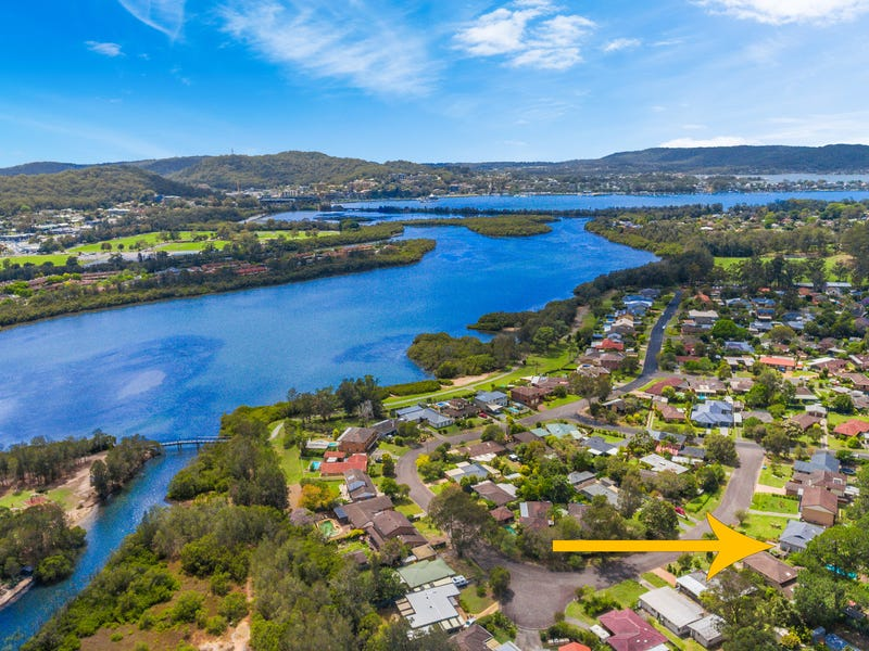 7 Bayline Drive, Point Clare