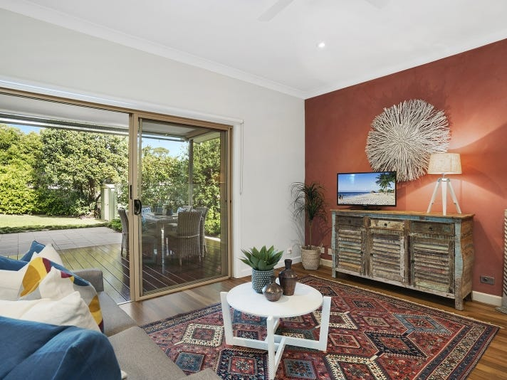 15 Weeroona Avenue, Elanora Heights, NSW 2101