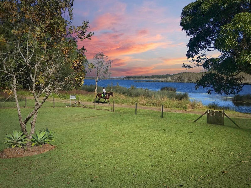281 Connection Road, Mooloolah Valley, Qld 4553
