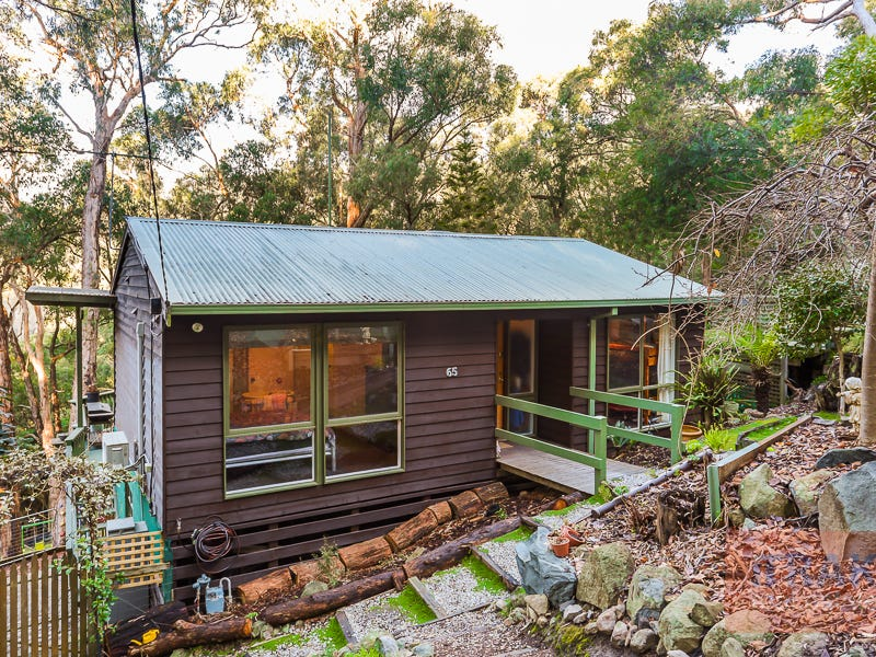 65 Government Road, The Basin, Vic 3154