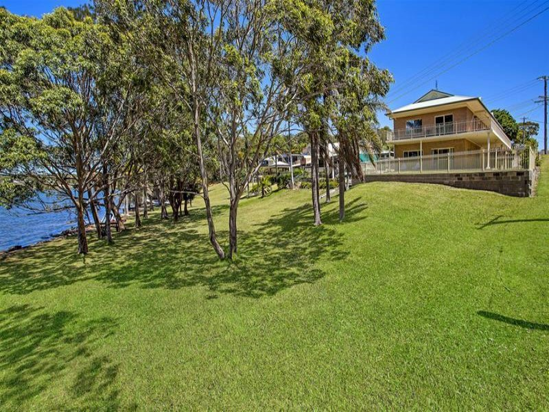 119 Griffith Street, Mannering Park, NSW 2259