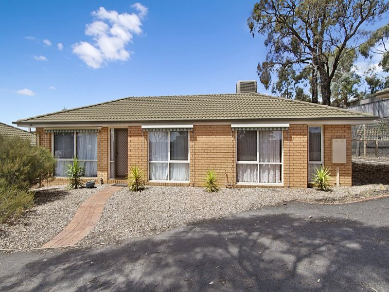 2/13 Proud Terrace, Flora Hill, Vic 3550