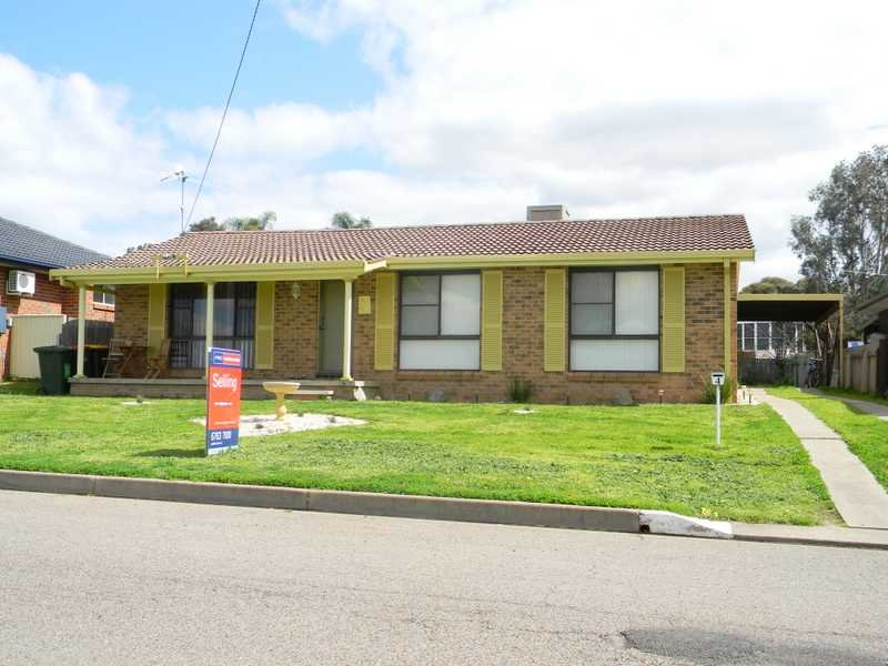 4 Allawah Street, Hillvue, NSW 2340