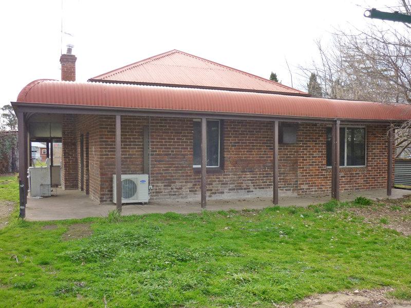 10 Olive Street, Mandurama, NSW 2792