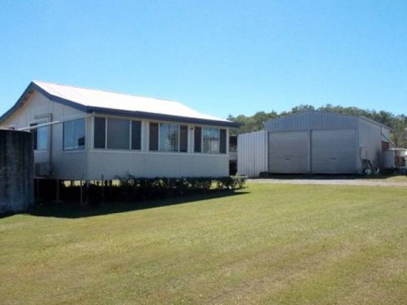 13 Miers Road, Seaforth, Qld 4741