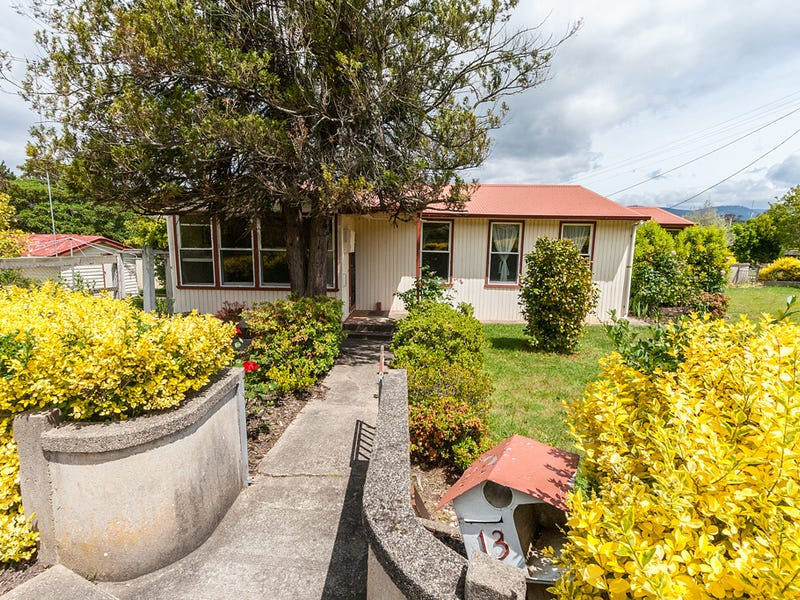 13 East Crescent, Eildon, Vic 3713