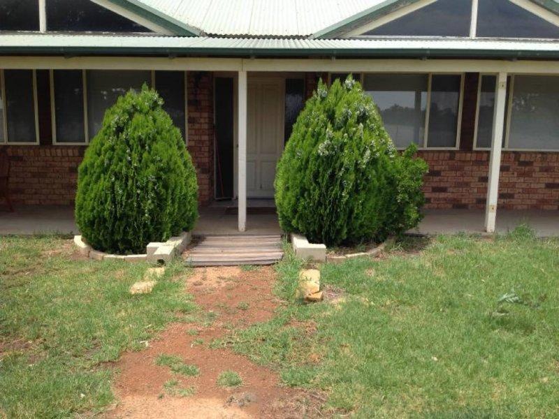92 MACQUAIRE VIEW DRIVE, Narromine, NSW 2821