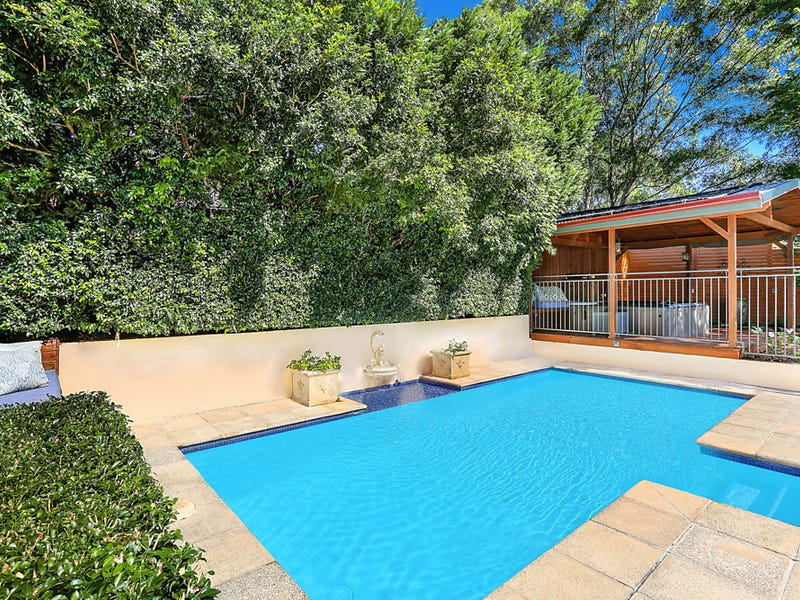 81 Valley Drive, Figtree, NSW 2525
