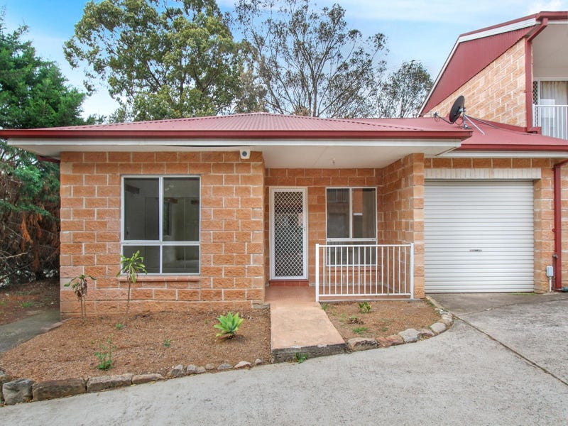 1/30 Moore Street, Campbelltown, NSW 2560