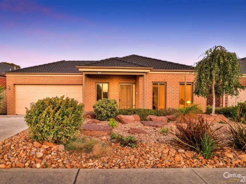 10 Brownfield Drive, Officer, Vic 3809