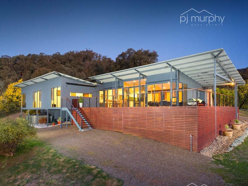 339 Star Lane, Wooragee, Vic 3747