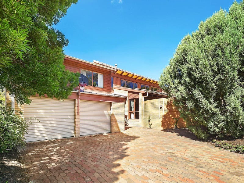 7 Hardie Close, Macarthur, ACT 2904